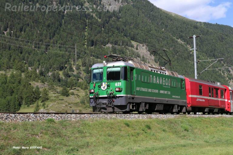 Ge 4/4 II 621 RhB à Zernez (CH)