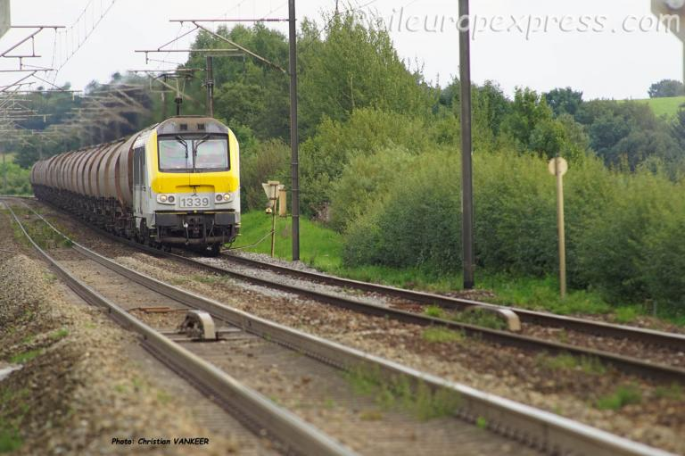 HLE 1339 SNCB en direction de Virton (B)