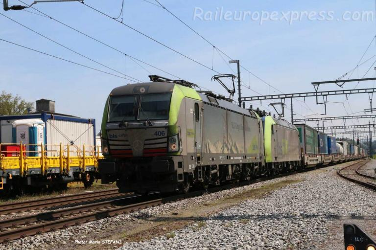 Re 475 406-5 BLS à Hindelbank (CH)