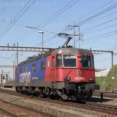 Re 620 055-4 CFF à Pratteln (CH)