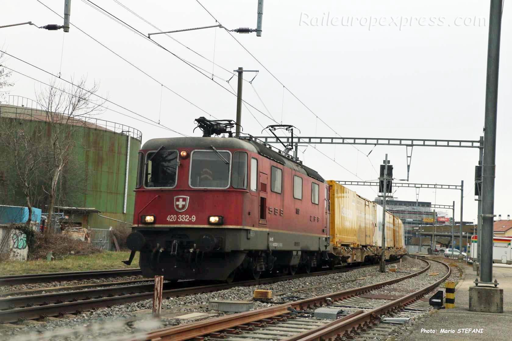 Re 420 332-9 CFF à Boudry (CH)