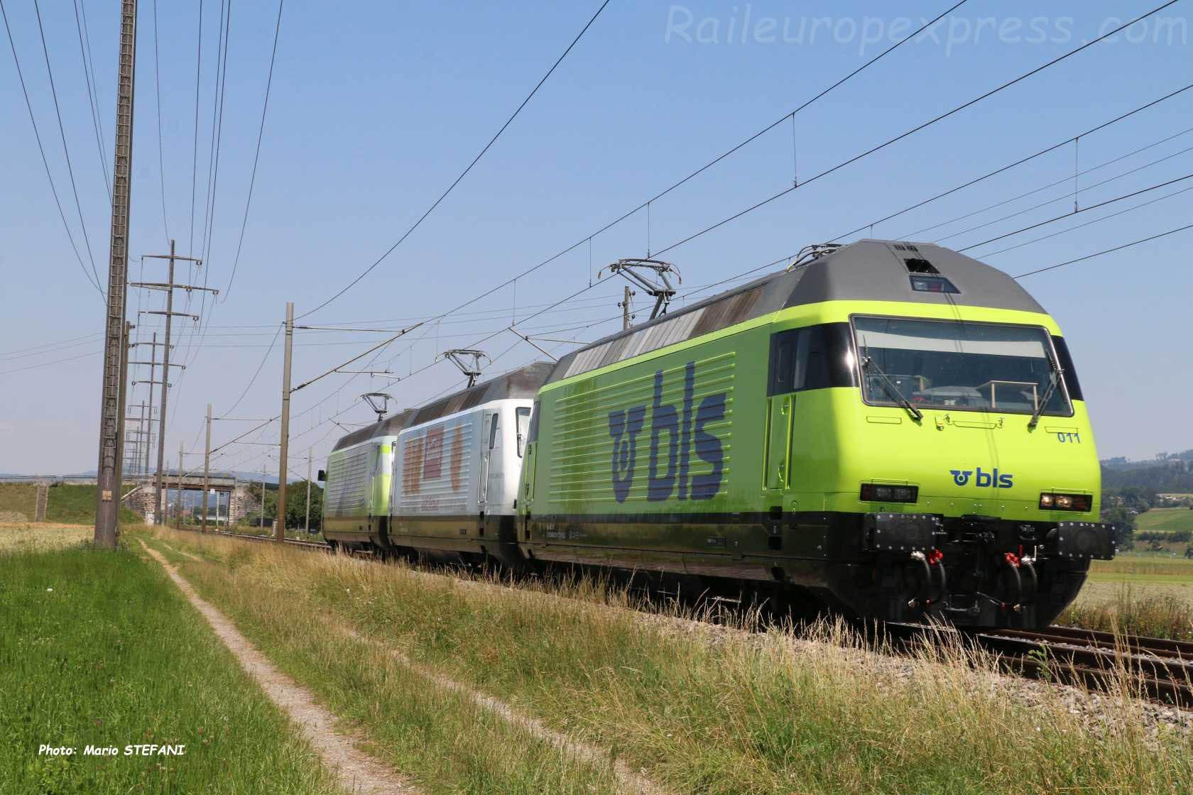 Re 465 011-6 BLS à Kiesen (CH)