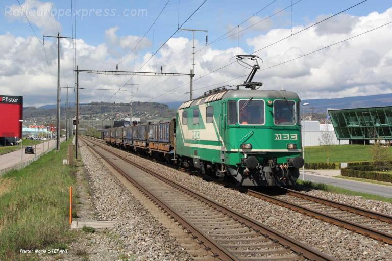 Re 420 506-8 MBC à Etoy (CH)