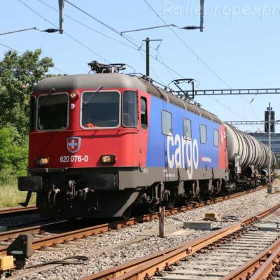 Re 620 076-0 CFF à Boudry (CH)