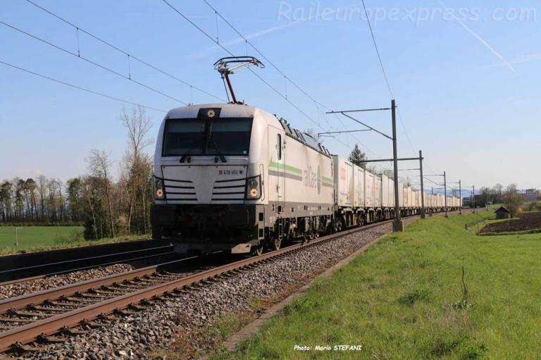 Re 476 452 RLC à Boudry (CH)