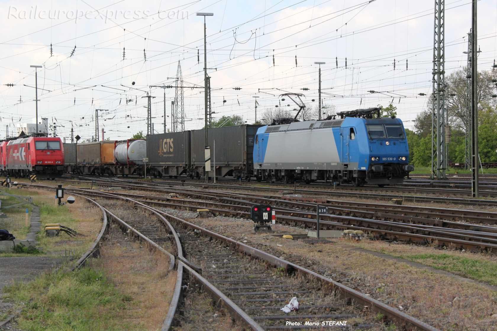 185 536-0 Crossrail à Basel Bad (CH)