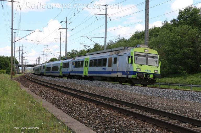 RBDe 565 BLS à Hindelbank (CH)