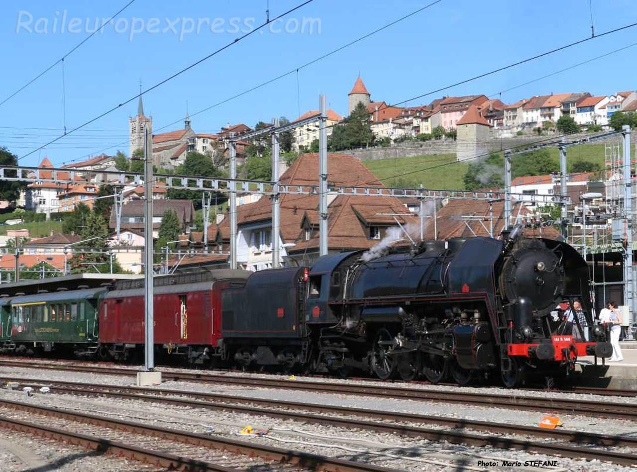 141 R 568 SNCF à Romont (CH)