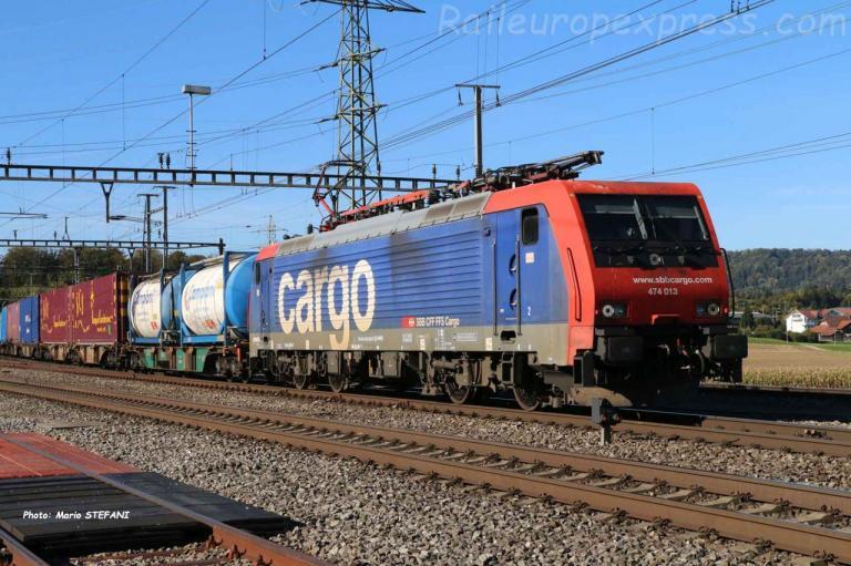 Re 474 013-0 CFF à Hendschiken (CH)
