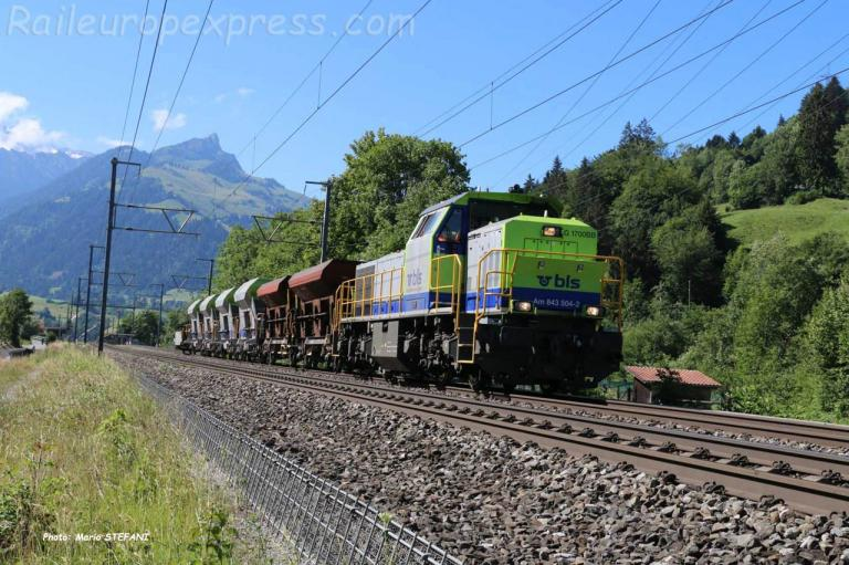 Am 843 504-2 BLS à Mülenen (CH)