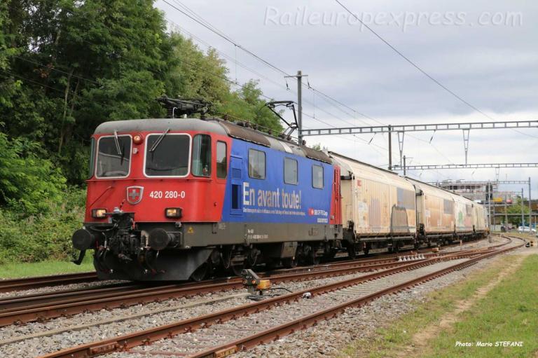 Re 420 280-0 CFF à Boudry (CH)