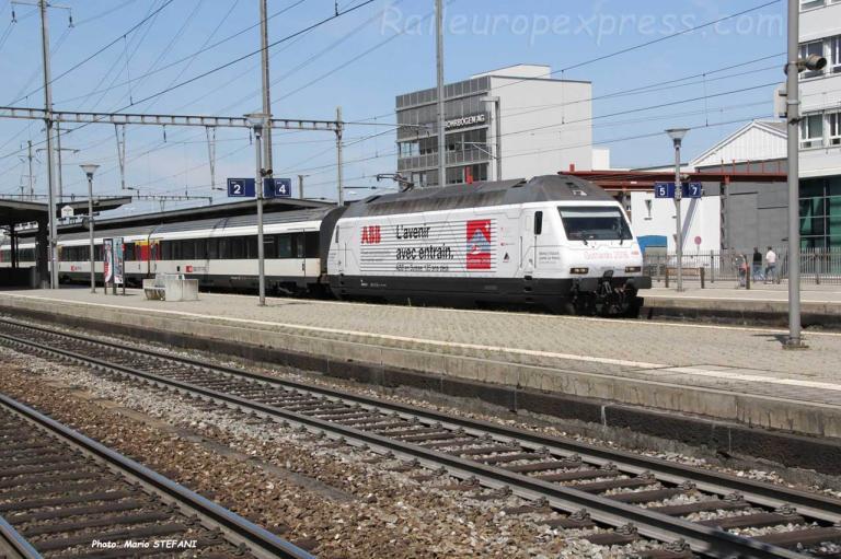 Re 460 052-4 CFF à Pratteln (CH)