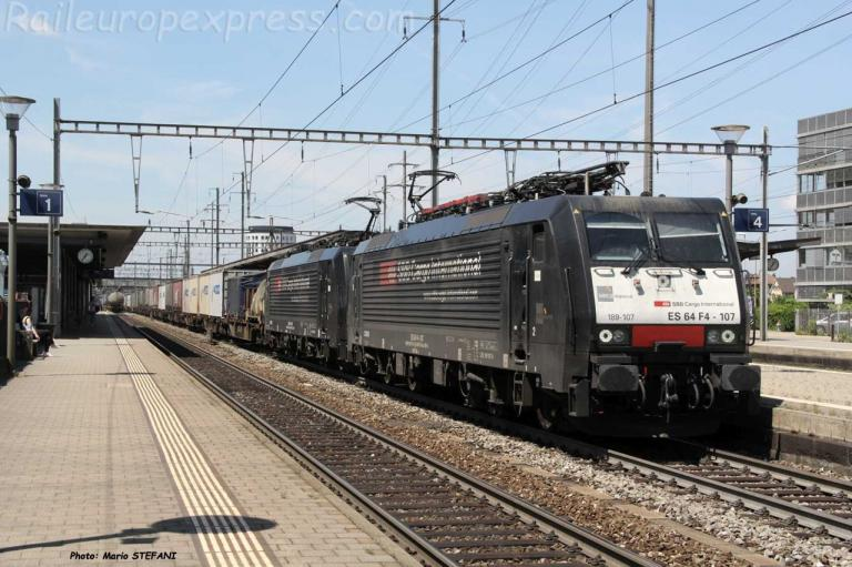 ES 64 F4 -107 CFF à Pratteln (CH)F