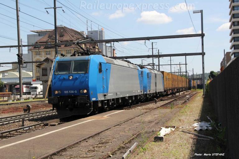 185 536-0 Crossrail à Pratteln (CH)