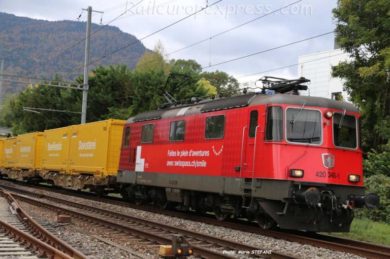 Re 420 345-1 CFF à Boudry (CH)