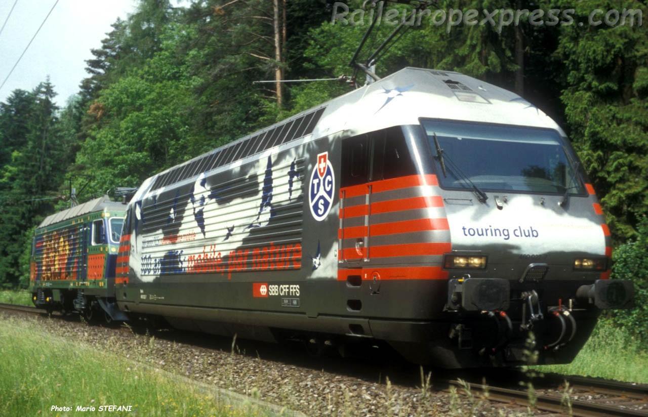 Re 460 022-7 CFF à Chambrelien (CH)