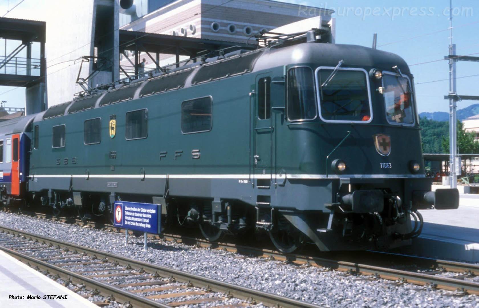 Re 6/6 11663 CFF à Spiez (CH)