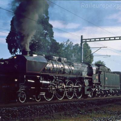 241 A 65 SNCF à Colombier (CH)