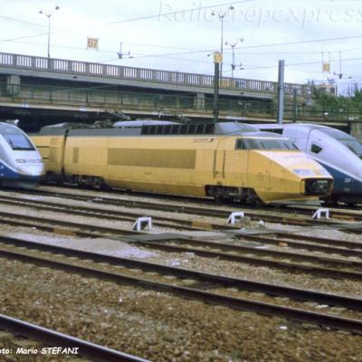 TGV postal à Paris (F-75)