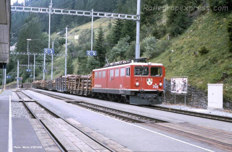 Ge 6/6 II 704 Rhb à Bergün (CH)