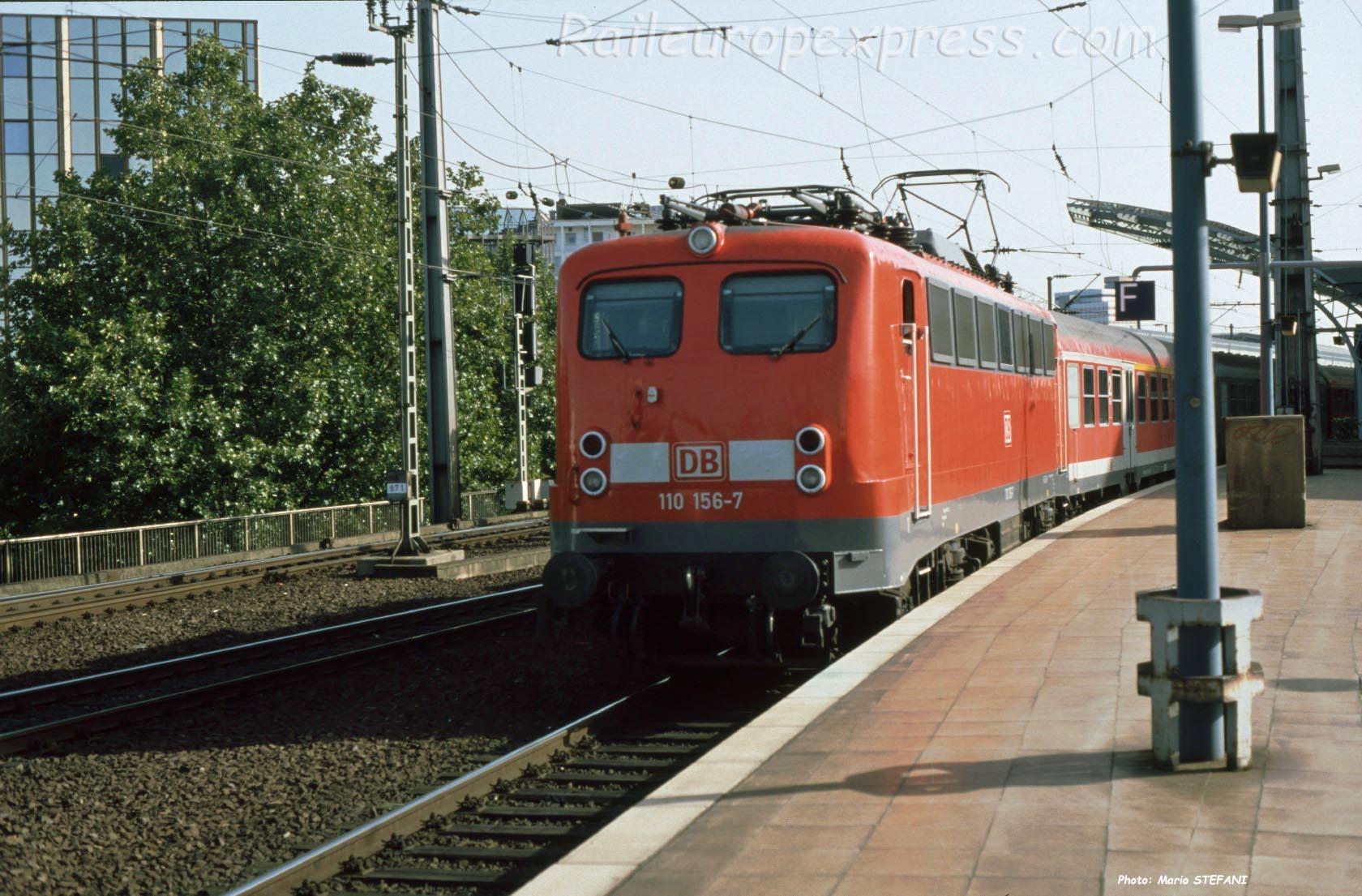 110 156-7 DB à Köln (D)
