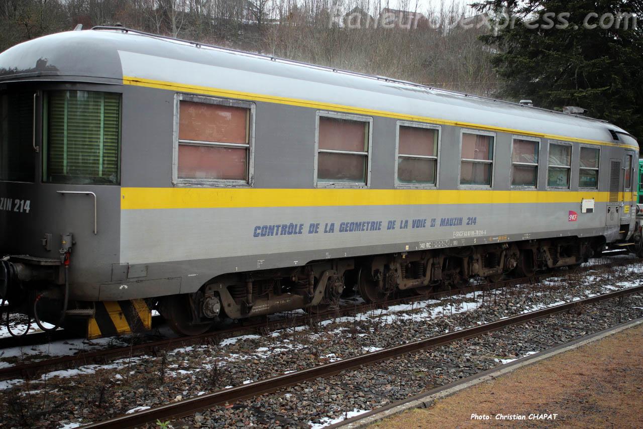 Mauzin 214 SNCF à Vic sur Cère (F-15)