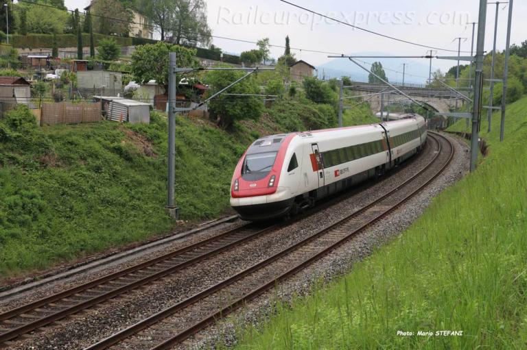 RABDe 500 CFF à Boudry (CH)