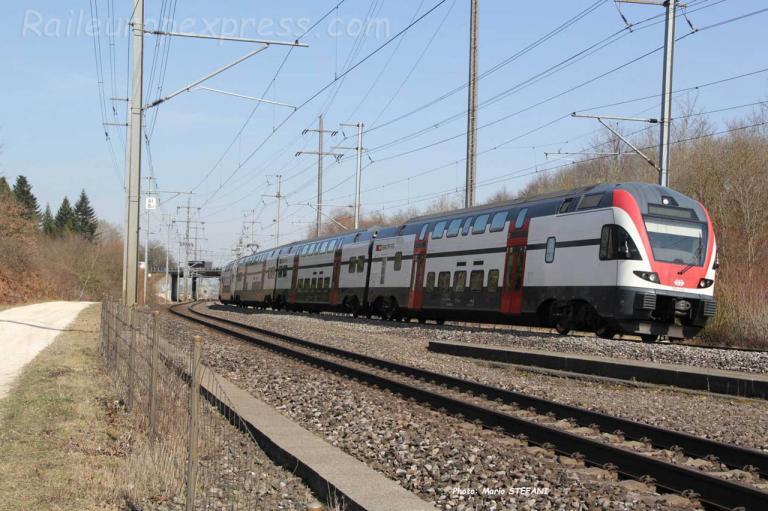 RABe 511 112 CFF à Mattstetten (CH)