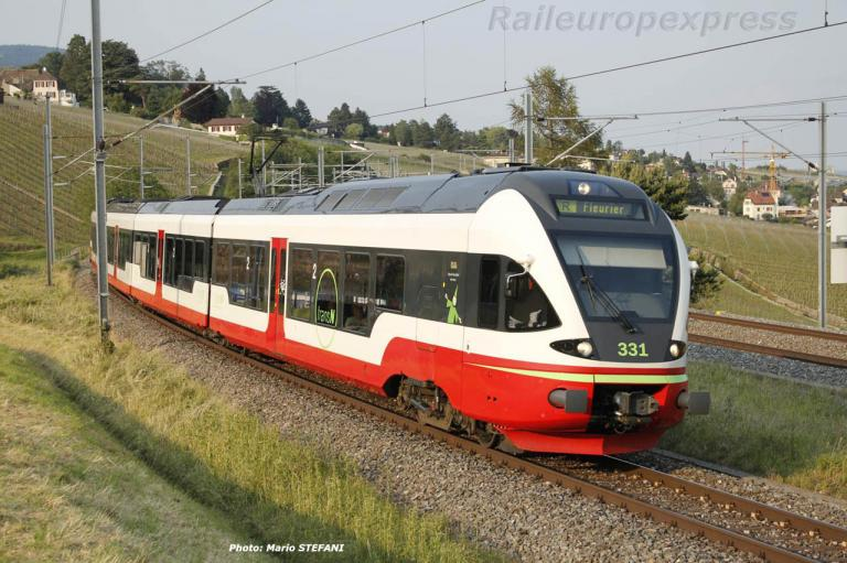 RABe 527 331 TRN à Auvernier (CH)