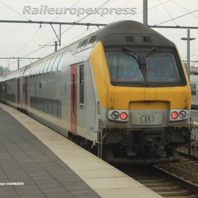 Rame réversible de M 5 SNCB à Bruges