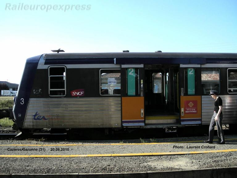 Rame Réversible Régionale SNCF à Cazères sur Garonne (F 31)