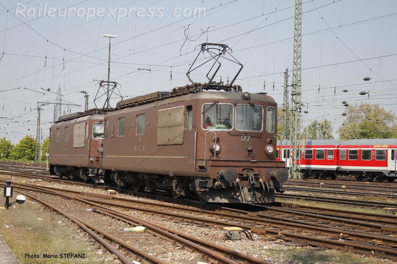 Re 4/4 177 BLS à Basel (CH)