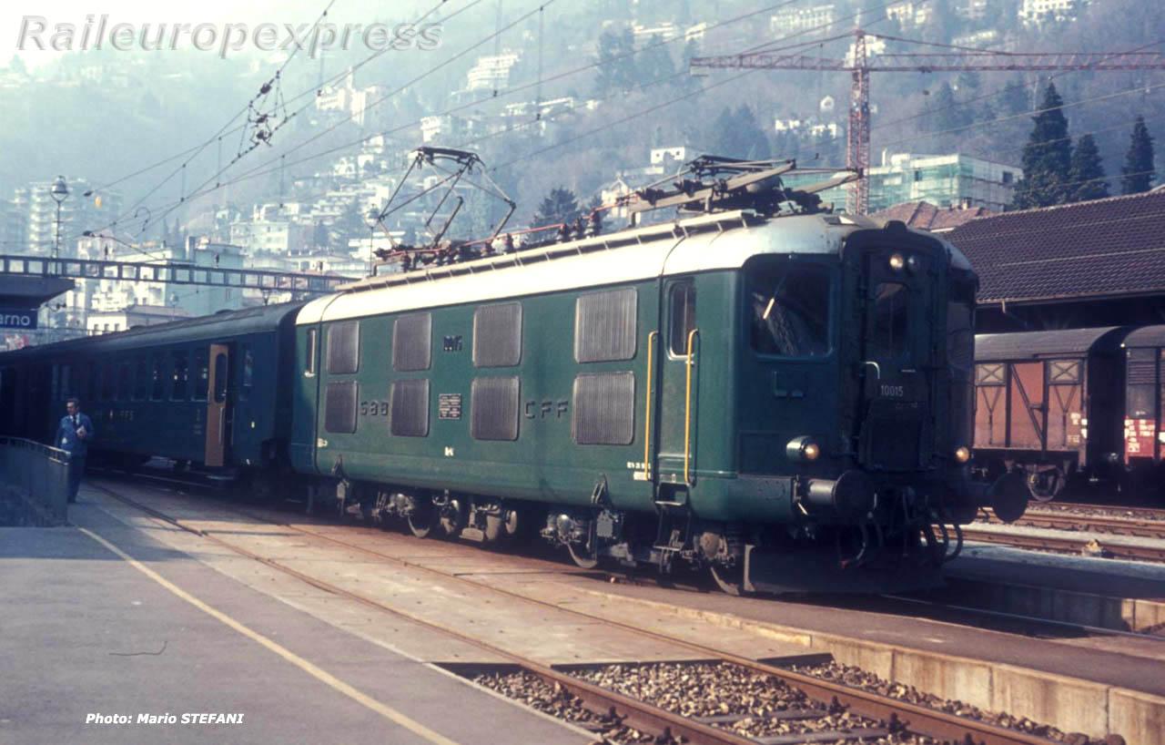 Re 4/4 I 10015 CFF à Locarno (CH)