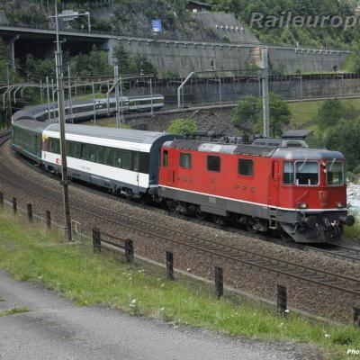 Re 4/4 II 11151 CFF à Wassen (CH)