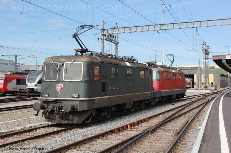 Re 4/4 II 11309 CFF à Samstagern