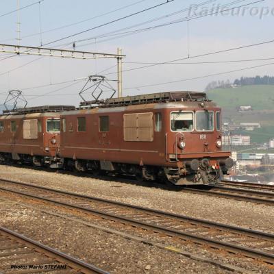 Re 4/4 II 168 BLS à Immensee (CH)