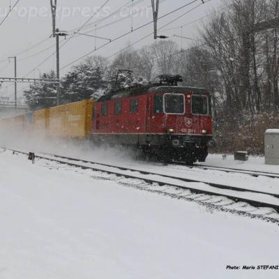 Re 420 264-4 CFF à Boudry (CH)