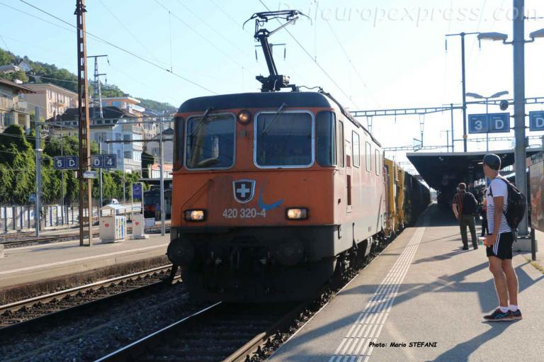 Re 420 320-4 CFF à Neuchâtel (CH)