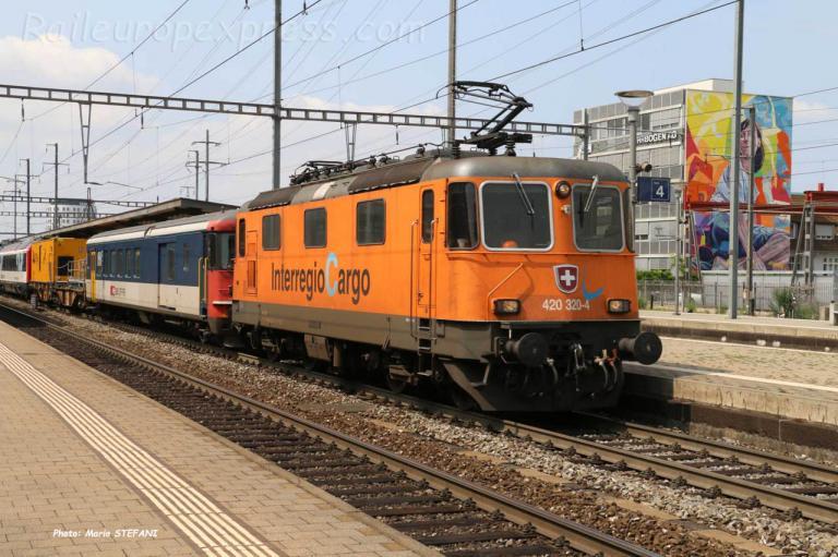 Re 420 320-4 CFF à Pratteln (CH)