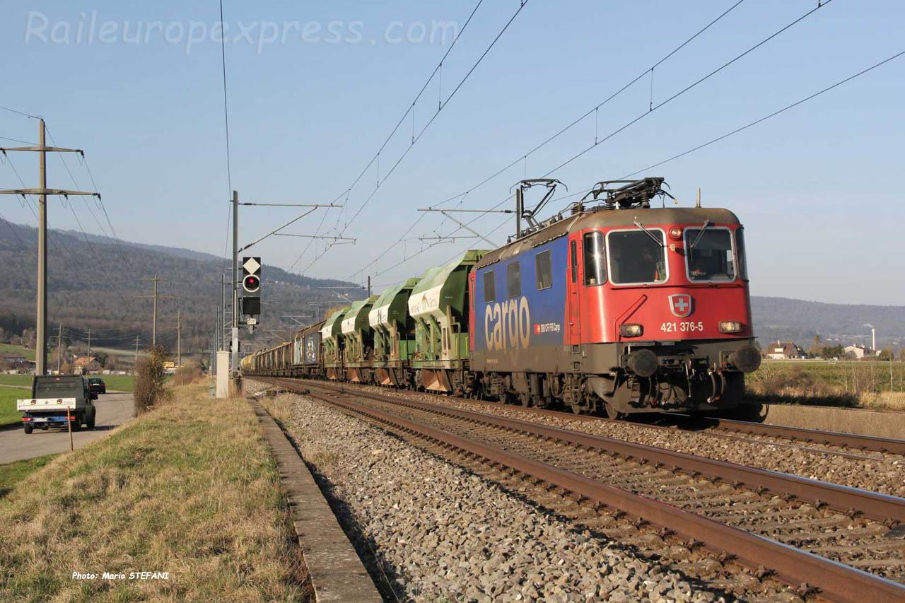 Re 421 376-5 CFF à Boudry (CH)