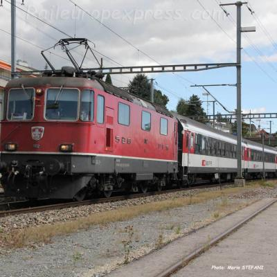Re 4/4 11112 CFF à Auvernier (CH)