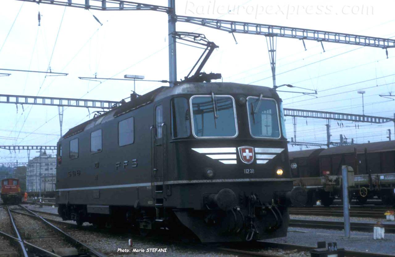 Re 4/4 11238 CFF à Yverdon (CH)