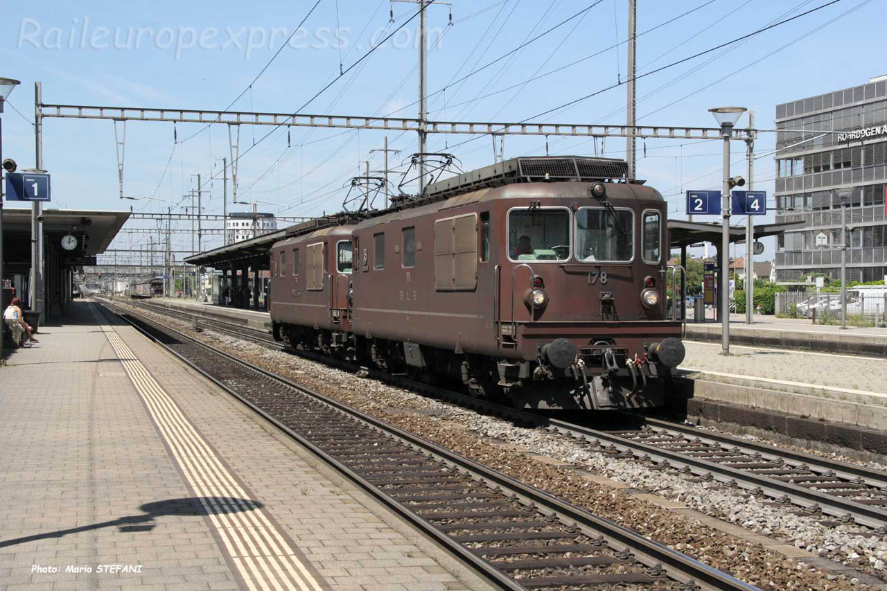 Re 4/4 178 BLS à Pratteln (CH)