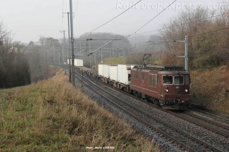 Re 4/4 190 BLS Planeyse Colombier (CH)
