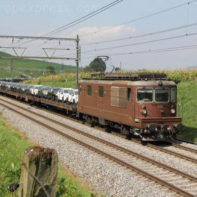 Re 4/4 425 170 BLS à Kumm (CH)