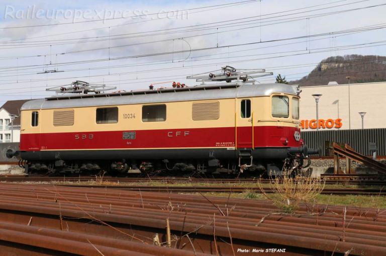 Re 4/4 I 10034 CFF TEE à Sissach (CH)