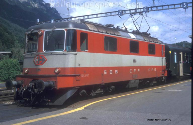 Re 4/4 II 11133 CFF à Interlaken (CH)