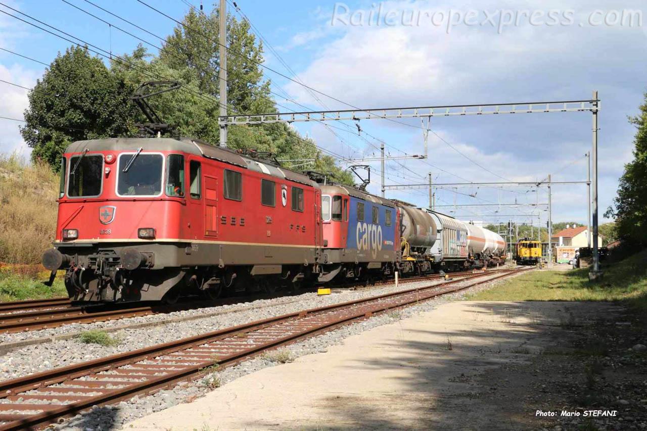 Re 4/4 II 11239 CFF à Boudry (CH)