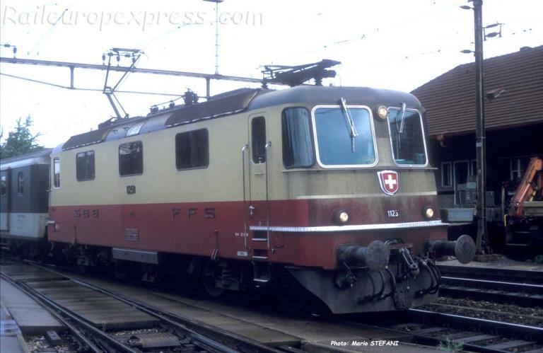 Re 4/4 II 11250 CFF TEE à Thun (CH)