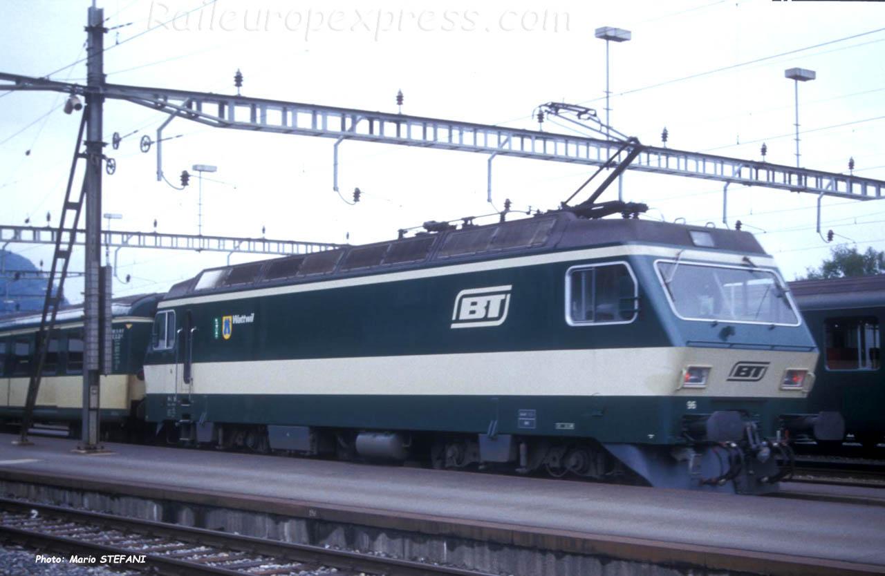 Re 4/4 IV 96 BT à Arth Goldau (CH)